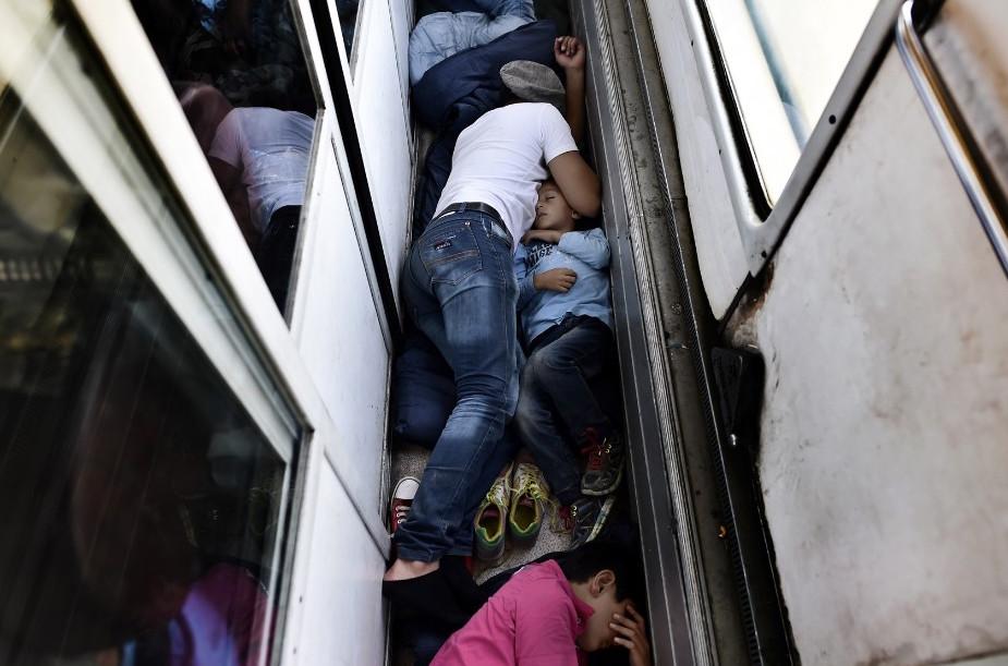 150903121821-13-migrant-crisis-super-169